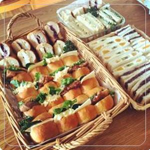 遠足・運動会】サンドイッチや手作り惣菜パン18選、子供が好き